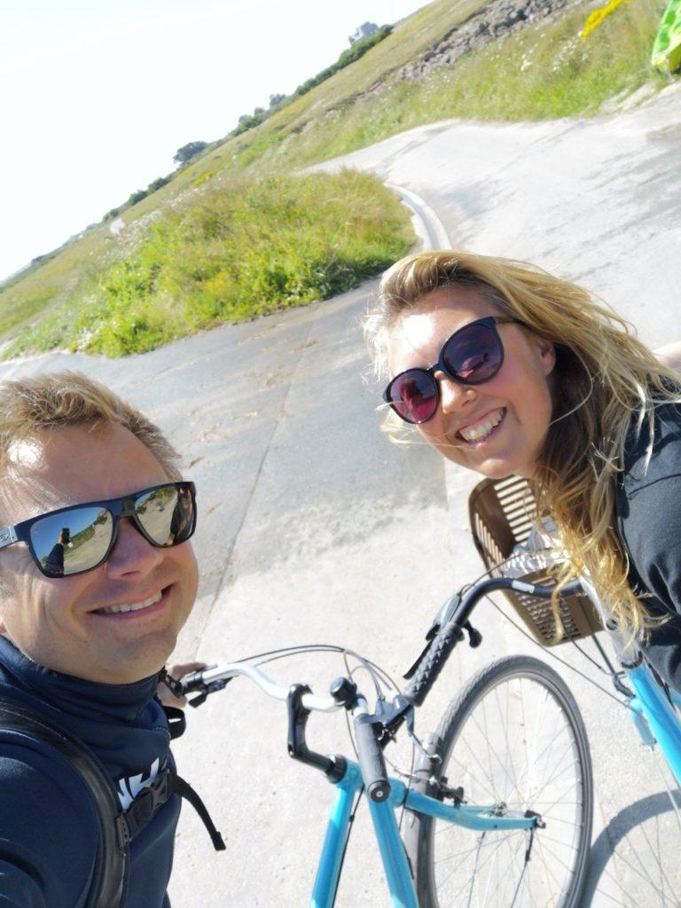Rented bikes to explore Ile de Batz in France