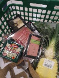 December was the month for Christmas grocery shopping!